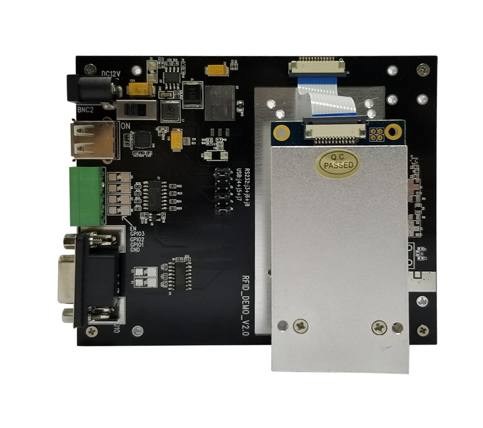 Dört Anten Bağlantı Noktası R2000 Çip UHF Rfid Okuyucu Modülü